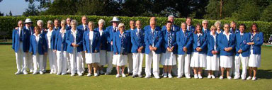 Image - The Scottish team standing on the bowls green.